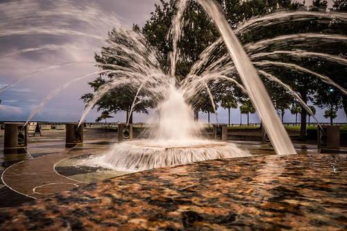 Charleston Fountain-001