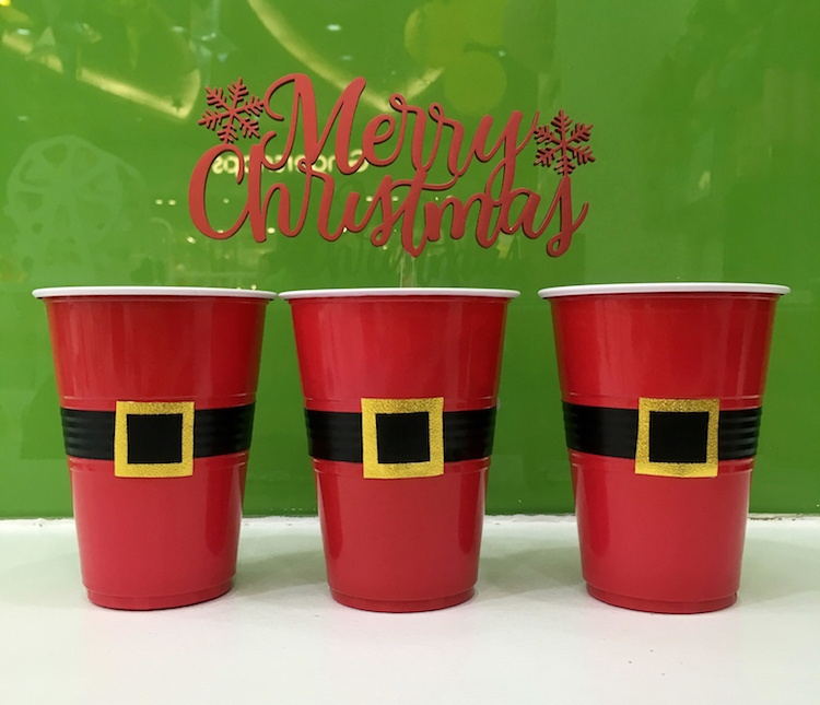 Homemade Parties DIY Party _How to Make Santa Cups09
