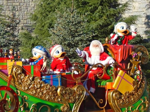 Christmas parade 03