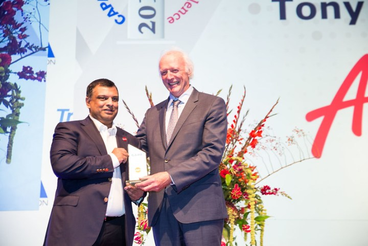Tony Fernandes Named CAPA Airline CEO of the Year