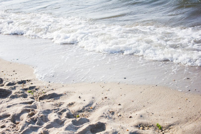 delaware-lewes-beach-foam