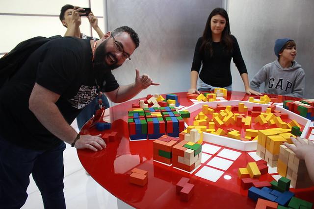 CCXP: Ale completando os 9 cubos, assim como na série 3%