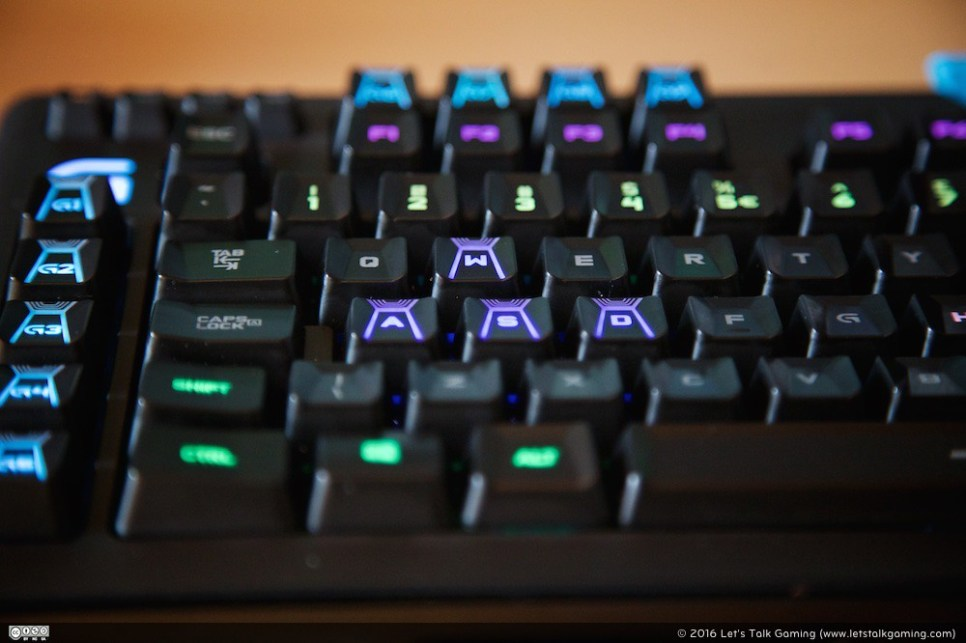 Logitech G910 Orion Spark RGB Mechanical Keybaord - Let's