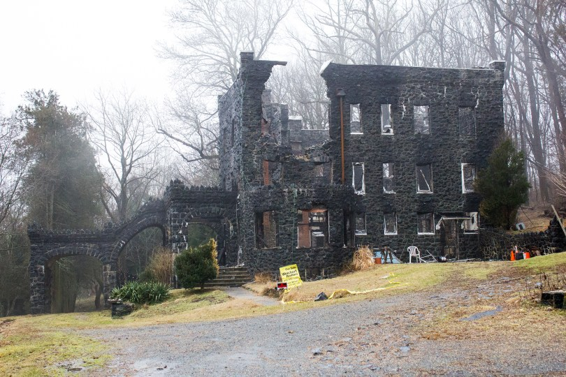 rocky-hill-castle-chadds-ford-fire-damage-stone