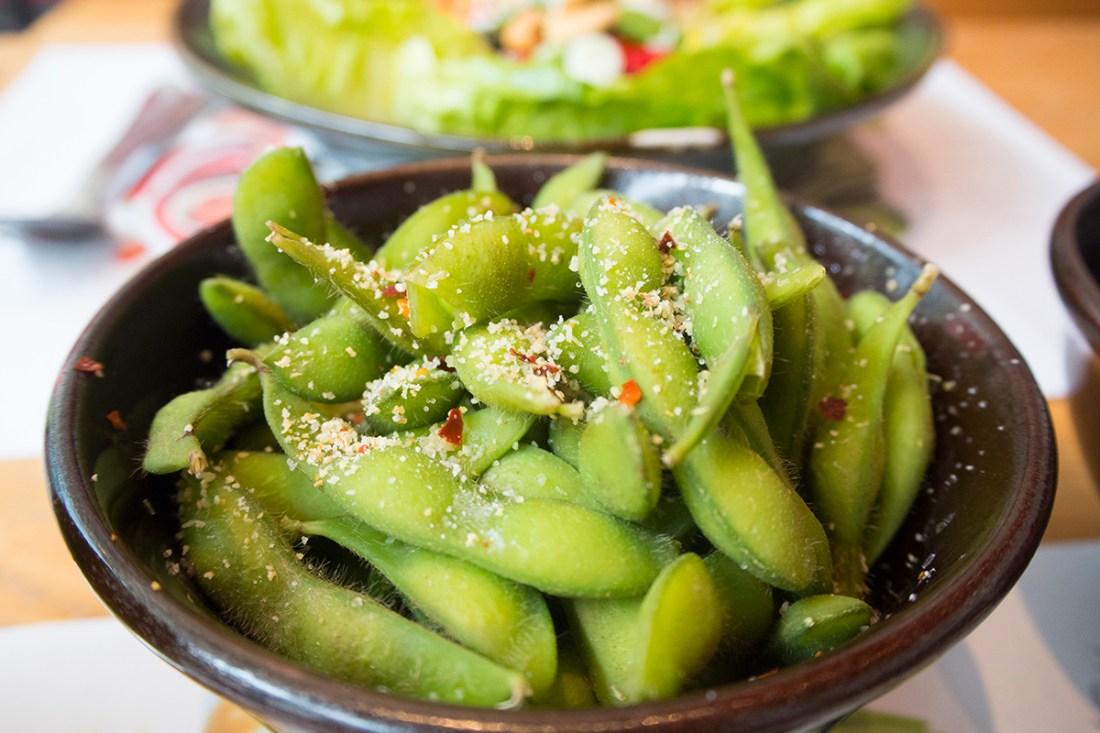 chilli-garlic-salt-edamame-beans-wagamama