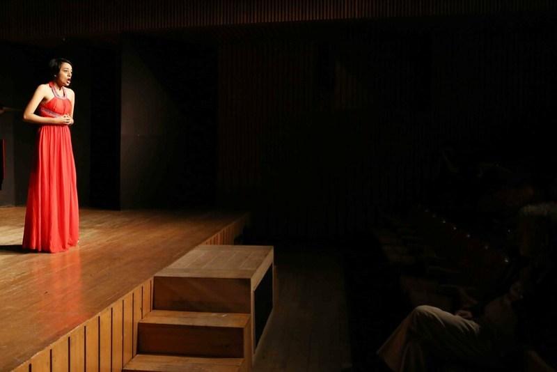 City Moment – The Opera Singer's Front Row Audience, Alliance Francaise de Delhi