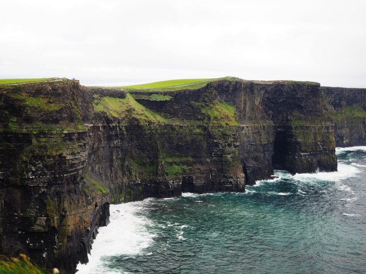 Heading to Ireland and want to explore the Cliffs of Moher? Here are some tips to help plan your visit to the Cliffs of Moher. #ireland #irelandtravel #irelandlandscape #irelandtraveltips #irelandvacation #travel