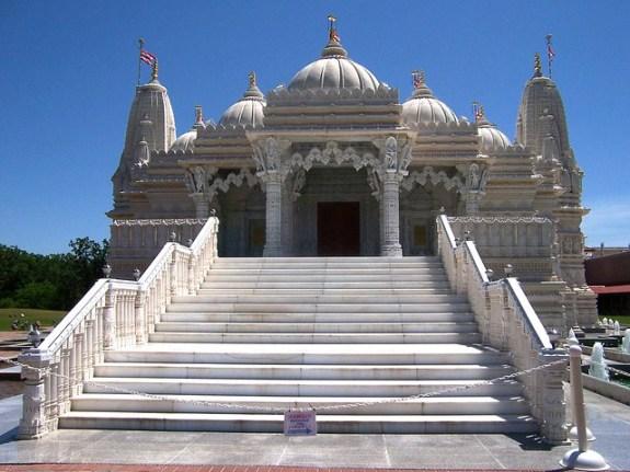 Chicago_BAPS_Shree_Swaminarayan_Hindu_Mandir