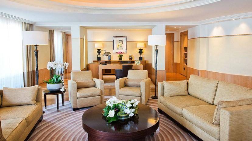Resultado de imagem para suite em Grand Hyatt Cannes Hôtel Martinez, Cannes, França