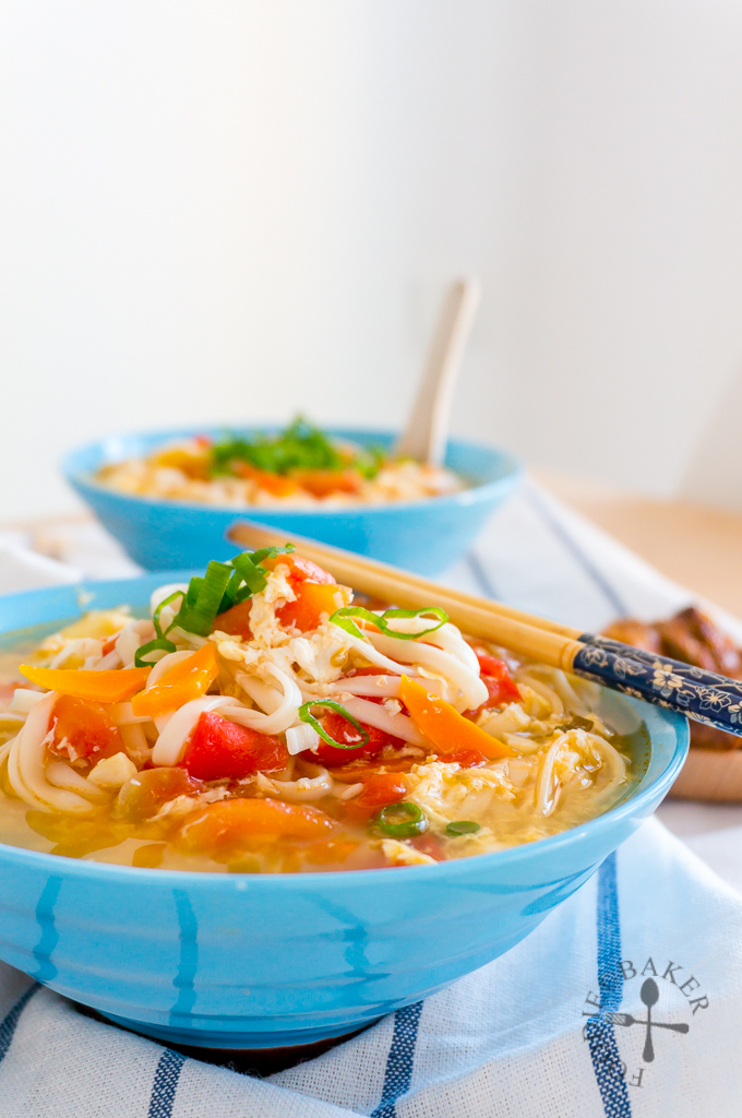 Chinese Tomato and Egg Noodle Soup