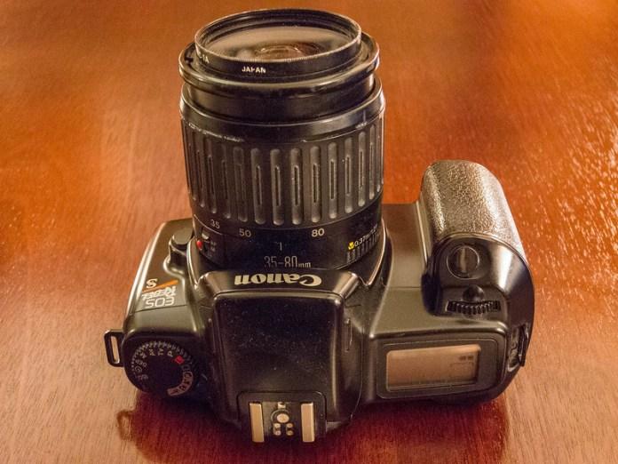 Canon EOS Rebel S