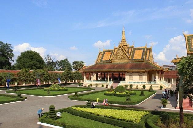 Cambodian Royal Palace Phnom Penh AlexExplorestheWorld