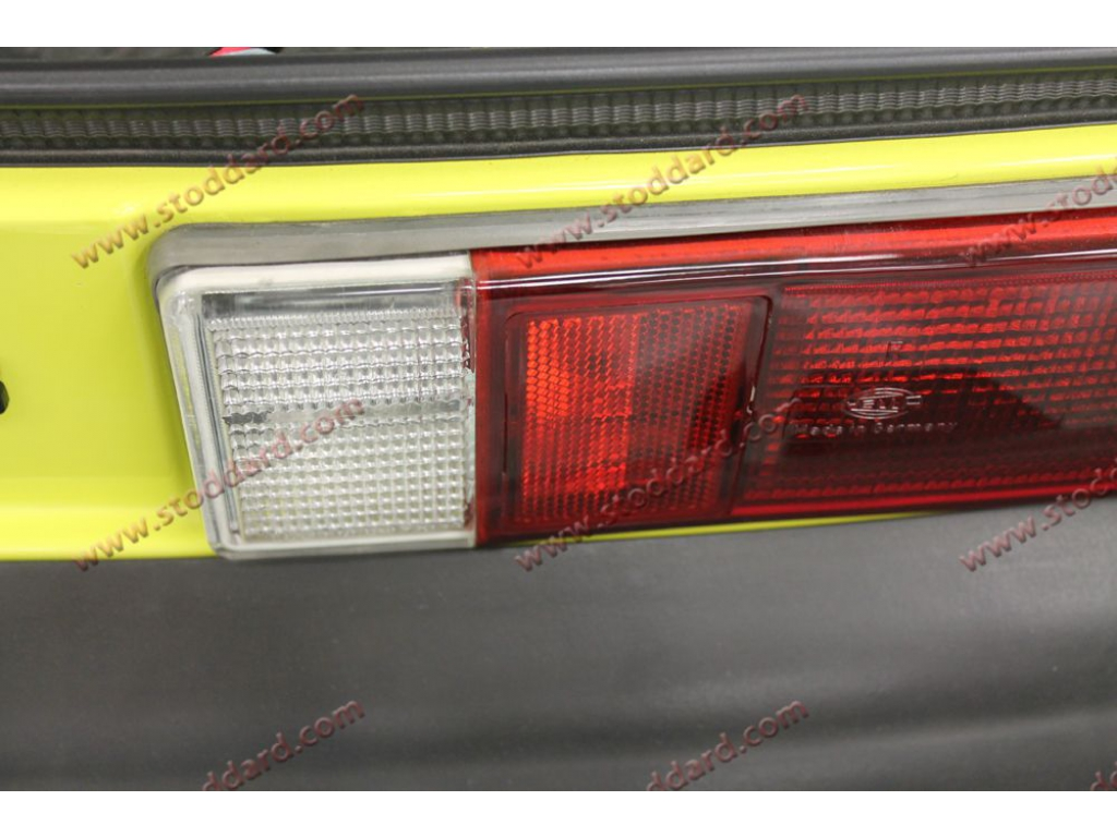 hight resolution of porsche 911 tail light seal results wiring diargram for drivers side tail light plug84 carrera