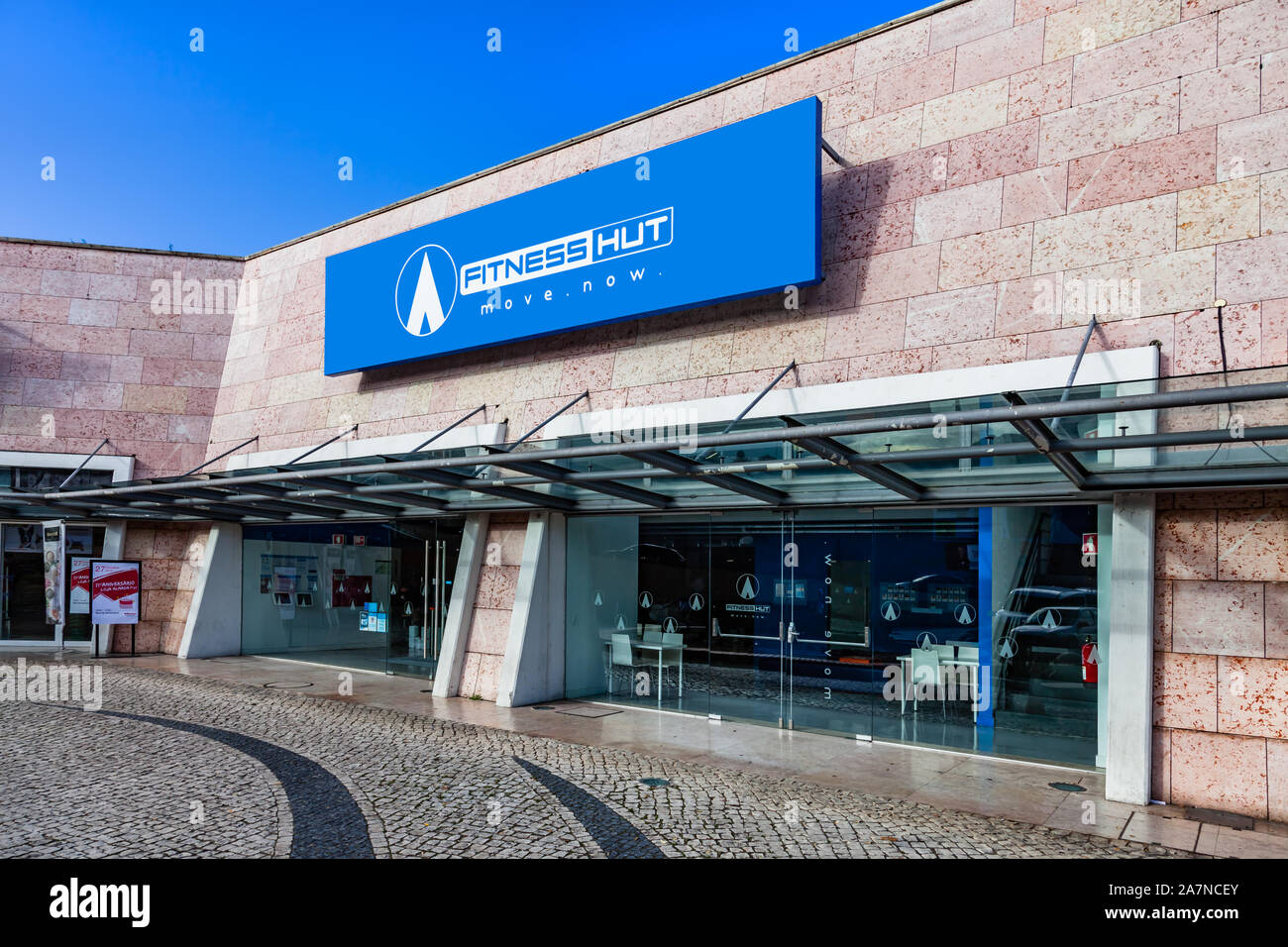 Almada Portugal Fitness Hut Store In The Almada Forum Shopping Mall Or Center Fitness Hut Is Workout Gym Focused On Premium Services At Low Cost Stock Photo Alamy