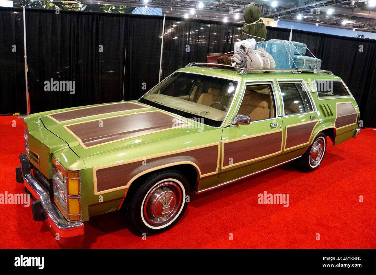 Philadelphia Pennsylvania U S A February 10 2019 The Original Griswold Station Wagon Car From The Movie Vacation Stock Photo Alamy