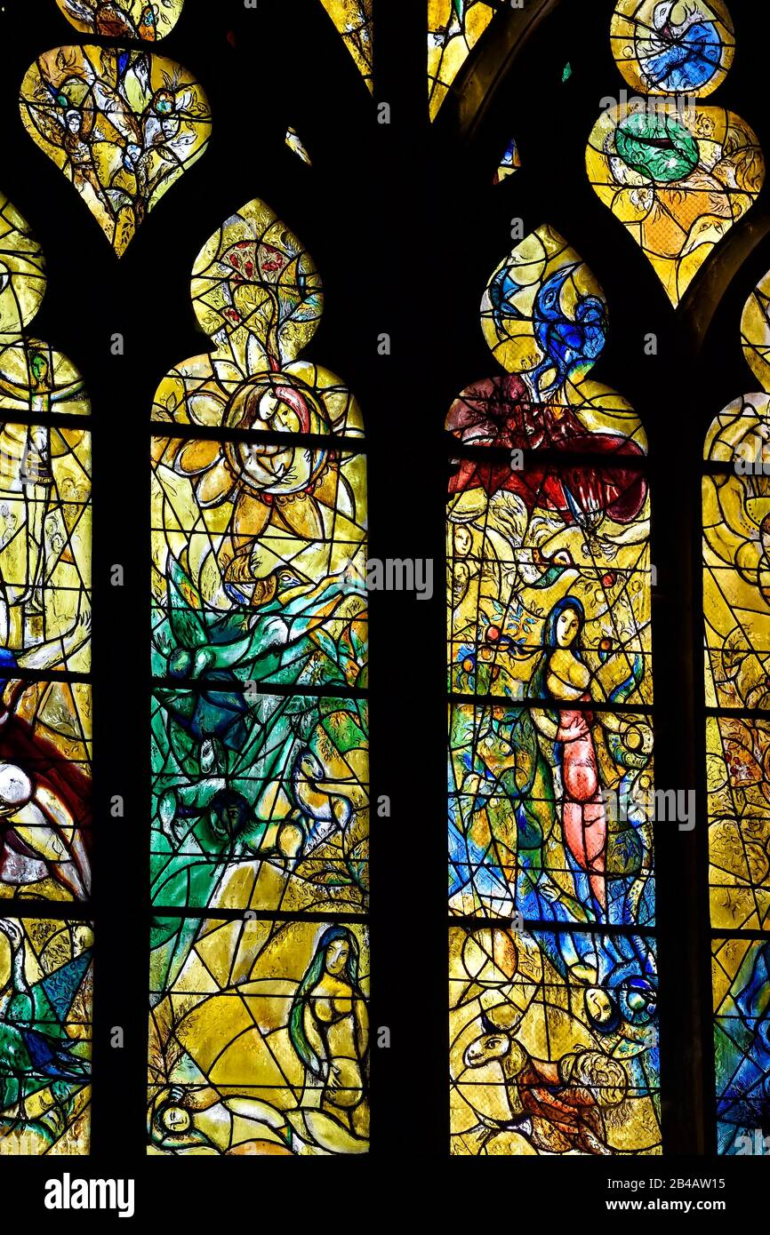 Made In Saint Etienne : saint, etienne, France,, Moselle,, Metz,, Saint, Etienne, Cathedral,, Stained, Glass, Windows, Northern, Transept, Having, Subjects, Episodes, Testament, Chagall, (20th, Century), Simon, Workshop