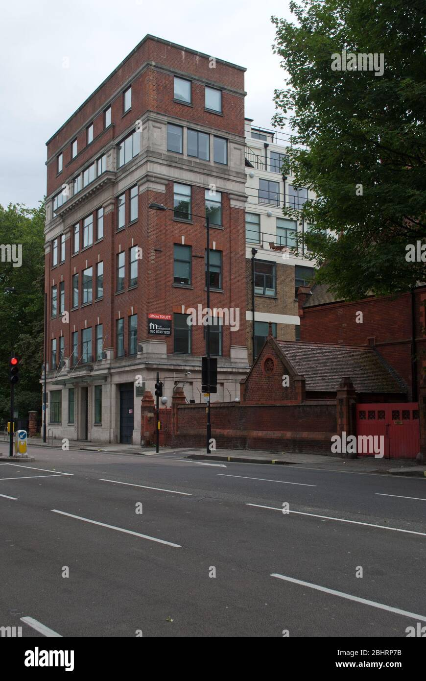 Lyric Brick House : lyric, brick, house, Architecture, Brick, Portland, Stone, Lyric, House,, Hammersmith, Road,, Hammersmith,, London, Stock, Photo, Alamy
