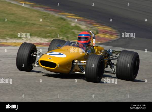 Richard Griot Races 1967 Mclaren M4 Formula 2 Car Kohler Stock 10265636 - Alamy