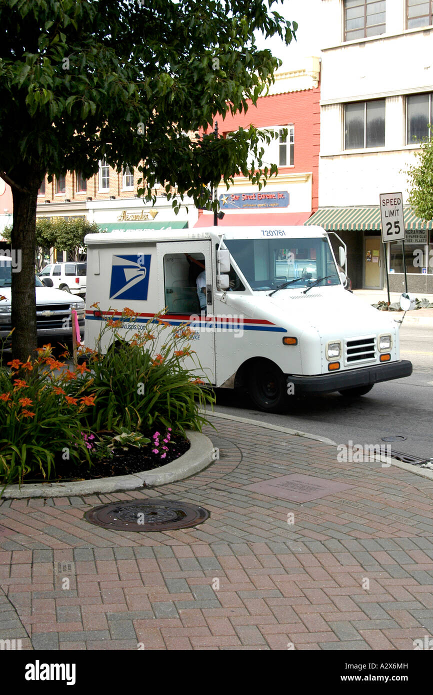 hight resolution of a grumman llv u s mail service delivery vehicle stock image