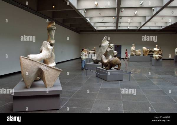 Henry Moore Sculpture Stock &
