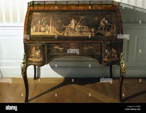 Fine Arts Furniture Davenport Abraham Roentgen 1711