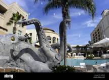 Orlando Gaylord Palms Hotel Swimming Pool Giant Squid