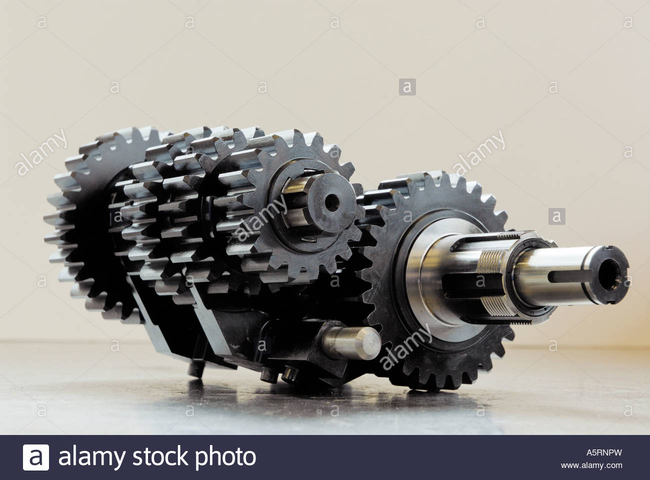 hight resolution of motorcycle gearbox cluster