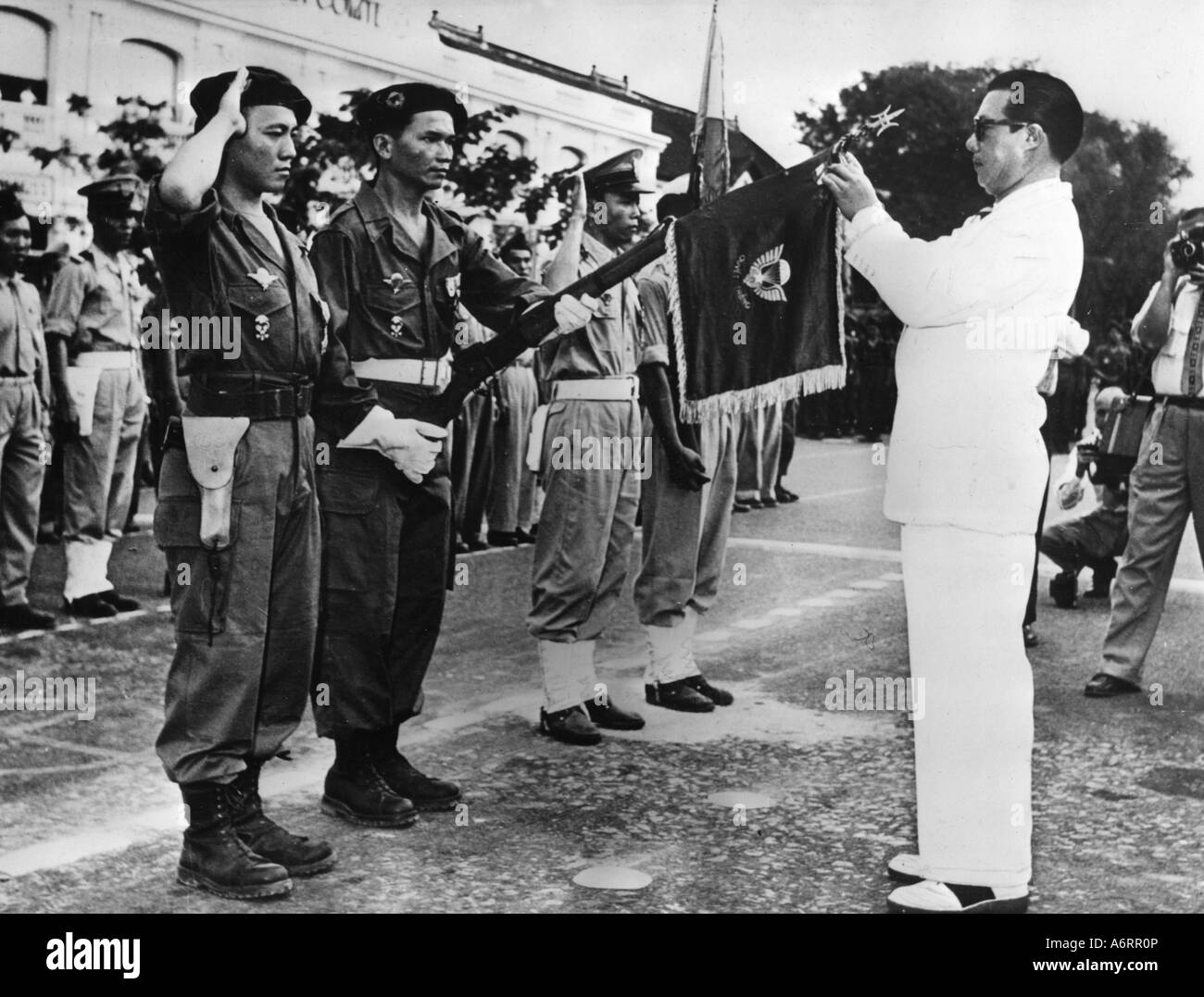 https://i0.wp.com/c8.alamy.com/comp/A6RR0P/bao-dai-22101913-3171997-emperor-of-vietnam-1926-1945-head-of-state-A6RR0P.jpg