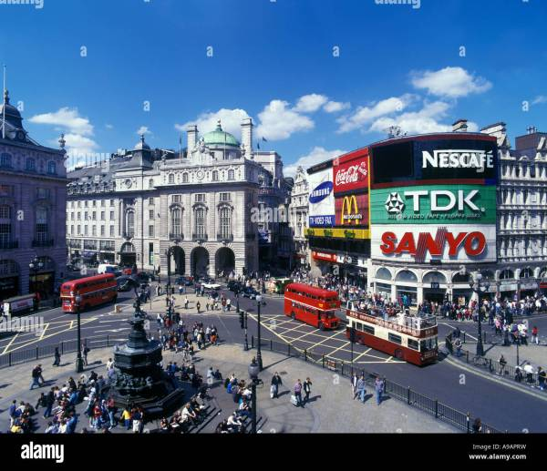 Piccadilly Circus West End London England Uk Stock