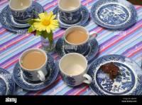 Tea Cups And Saucers Stock Photos & Tea Cups And Saucers ...