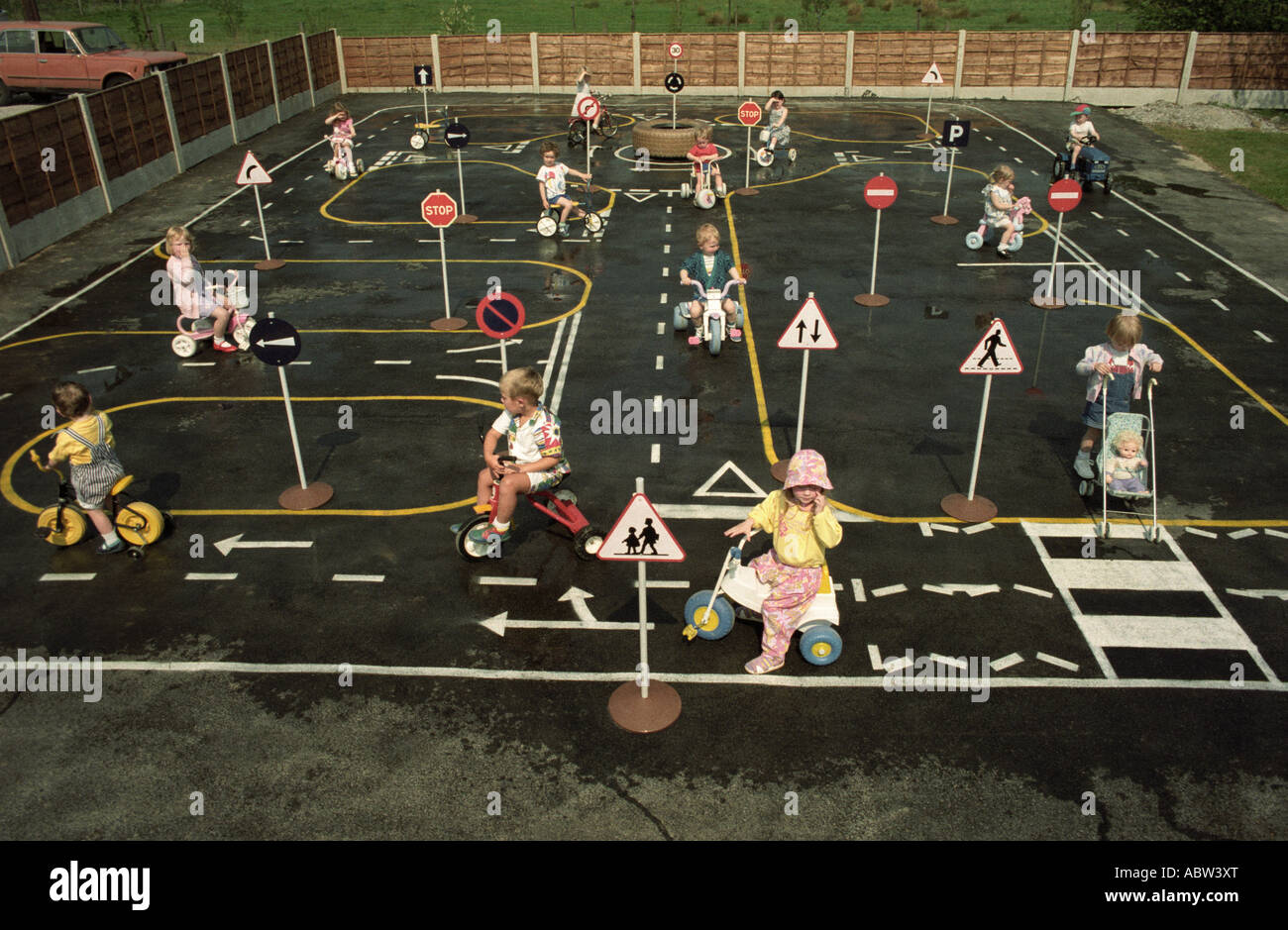 Pre School Road Safety Education In The Uk Stock Photo
