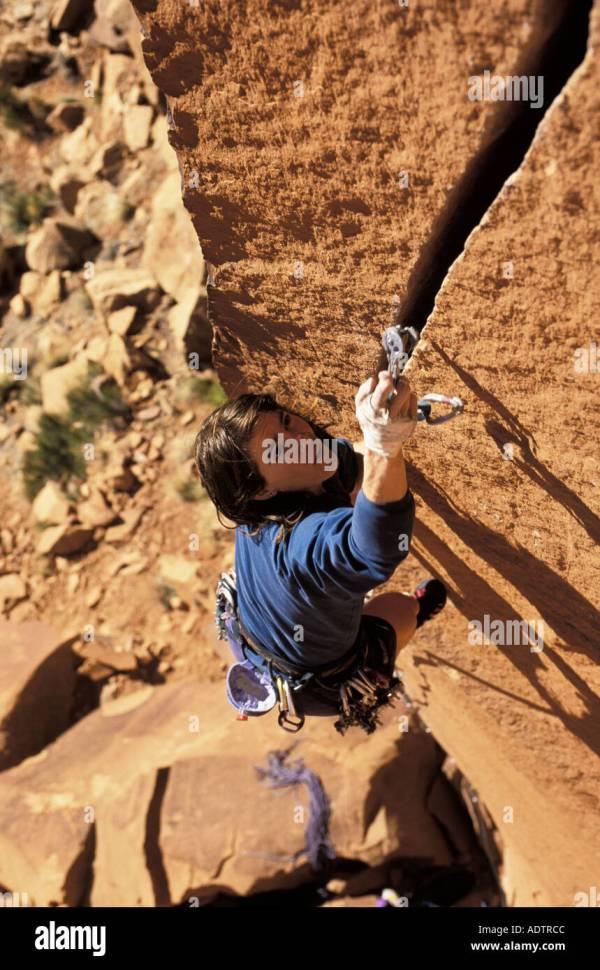 Rock Climber Overhang Woman Stock & - Alamy
