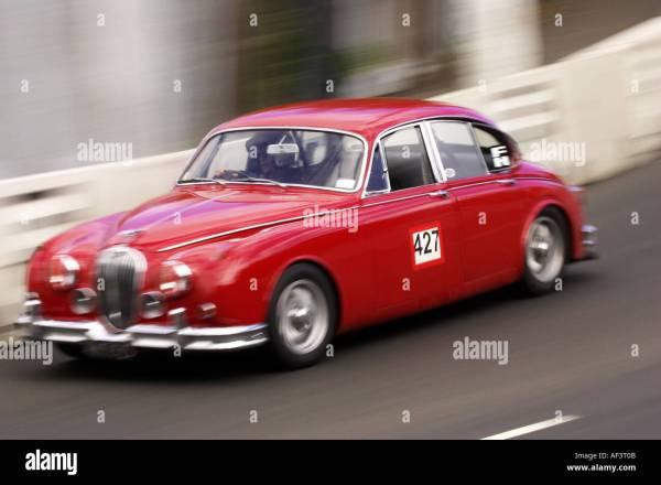 Racing Jaguar Mk2 Year Of Clean Water