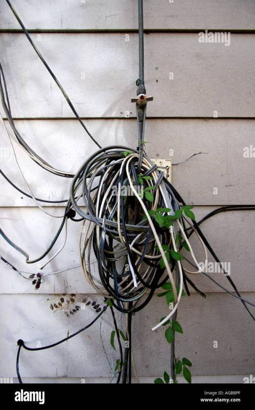 small resolution of exposed electrical wiring on the outside of a house vertical bapdb8358