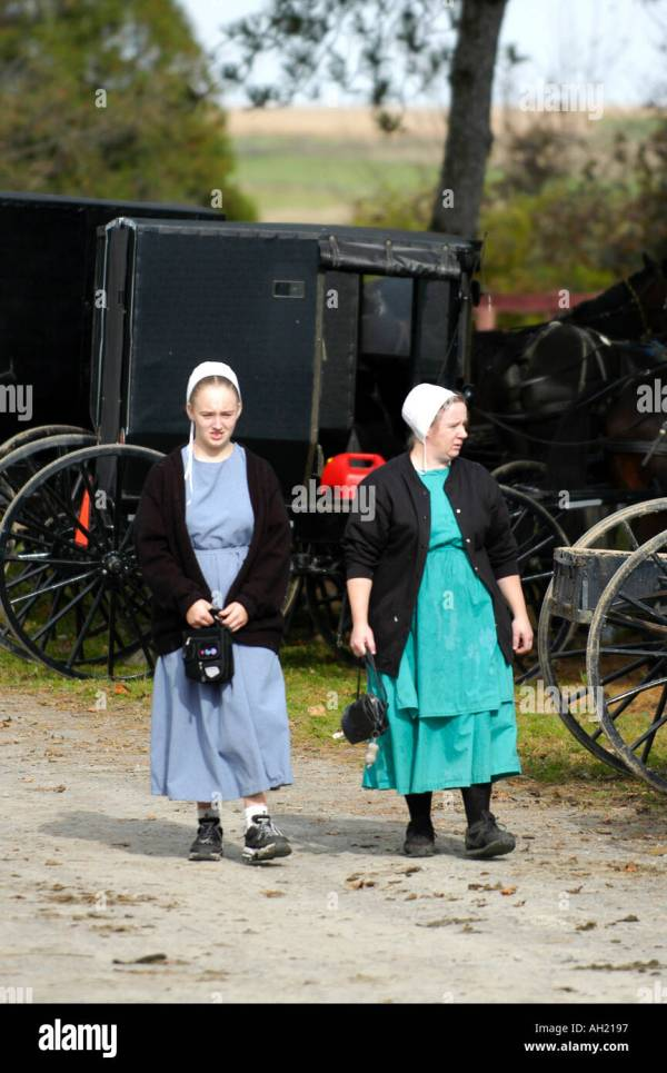 Amish Women Walking