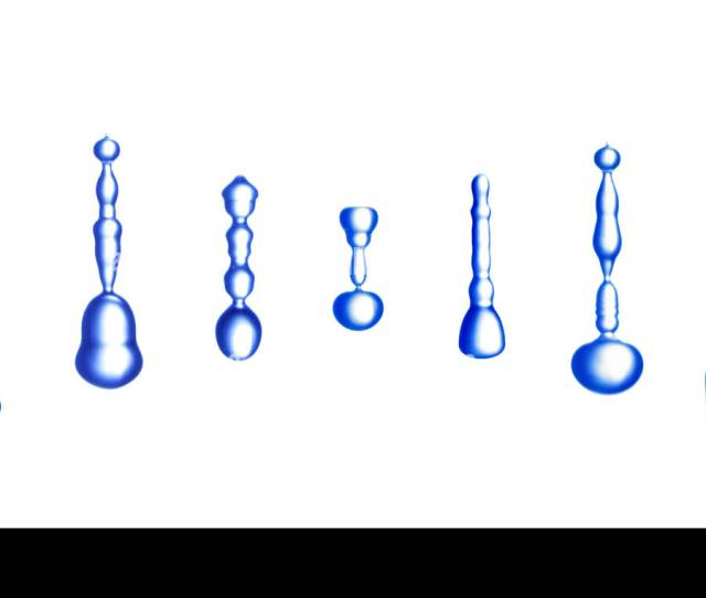 Variation Of Water Drops With Random Shape In Free Fall