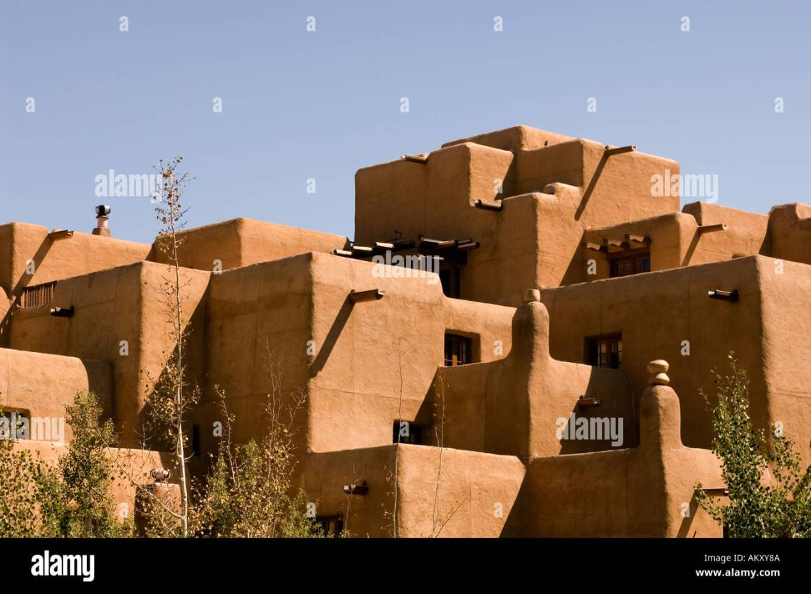 Santa Fe New Mexico The Inn At Loretto Showing The Pueblo Revival Style Of Architecture Stock Photo Alamy