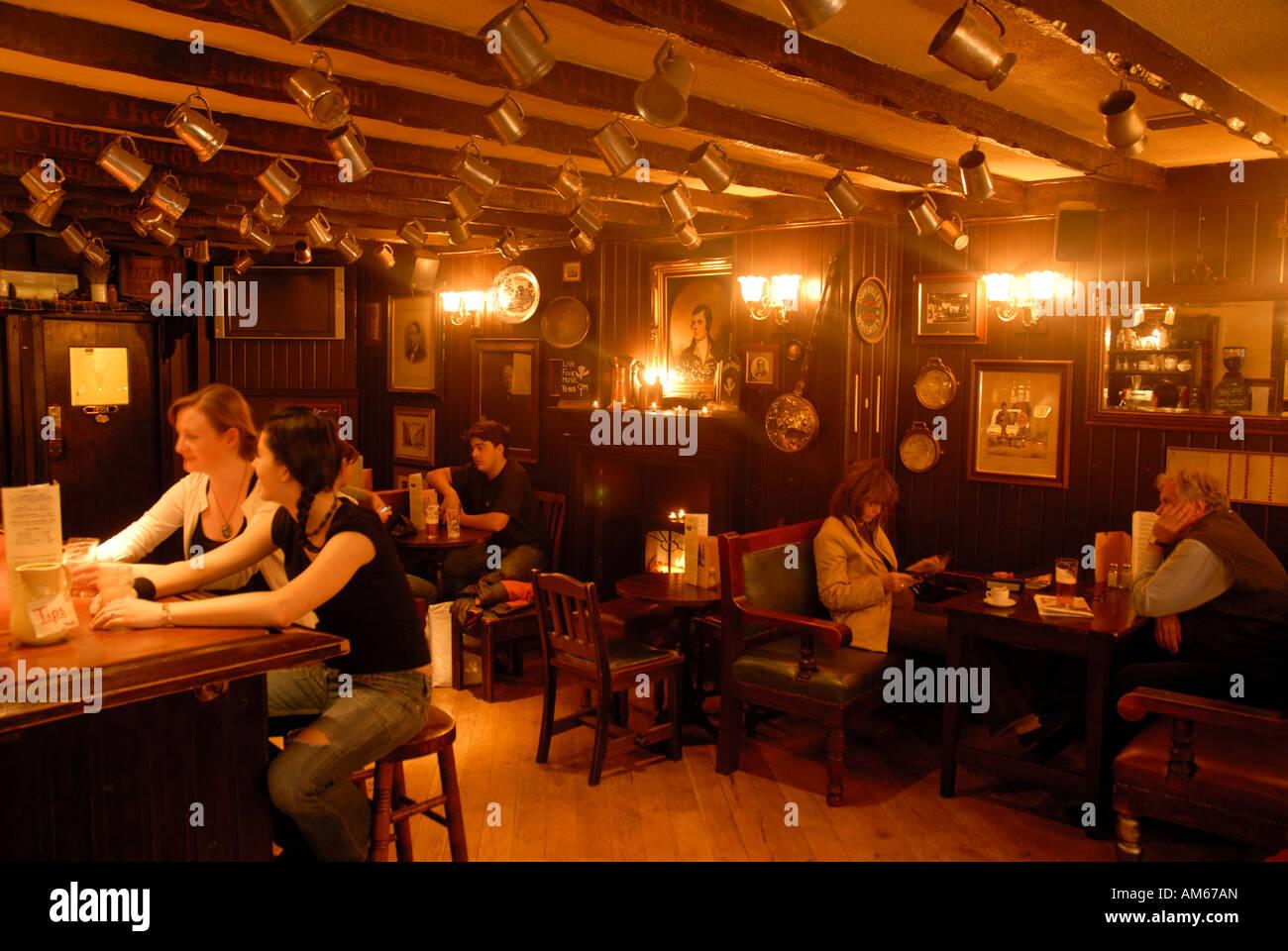inside the white hart inn pub edinburgh scotland Stock