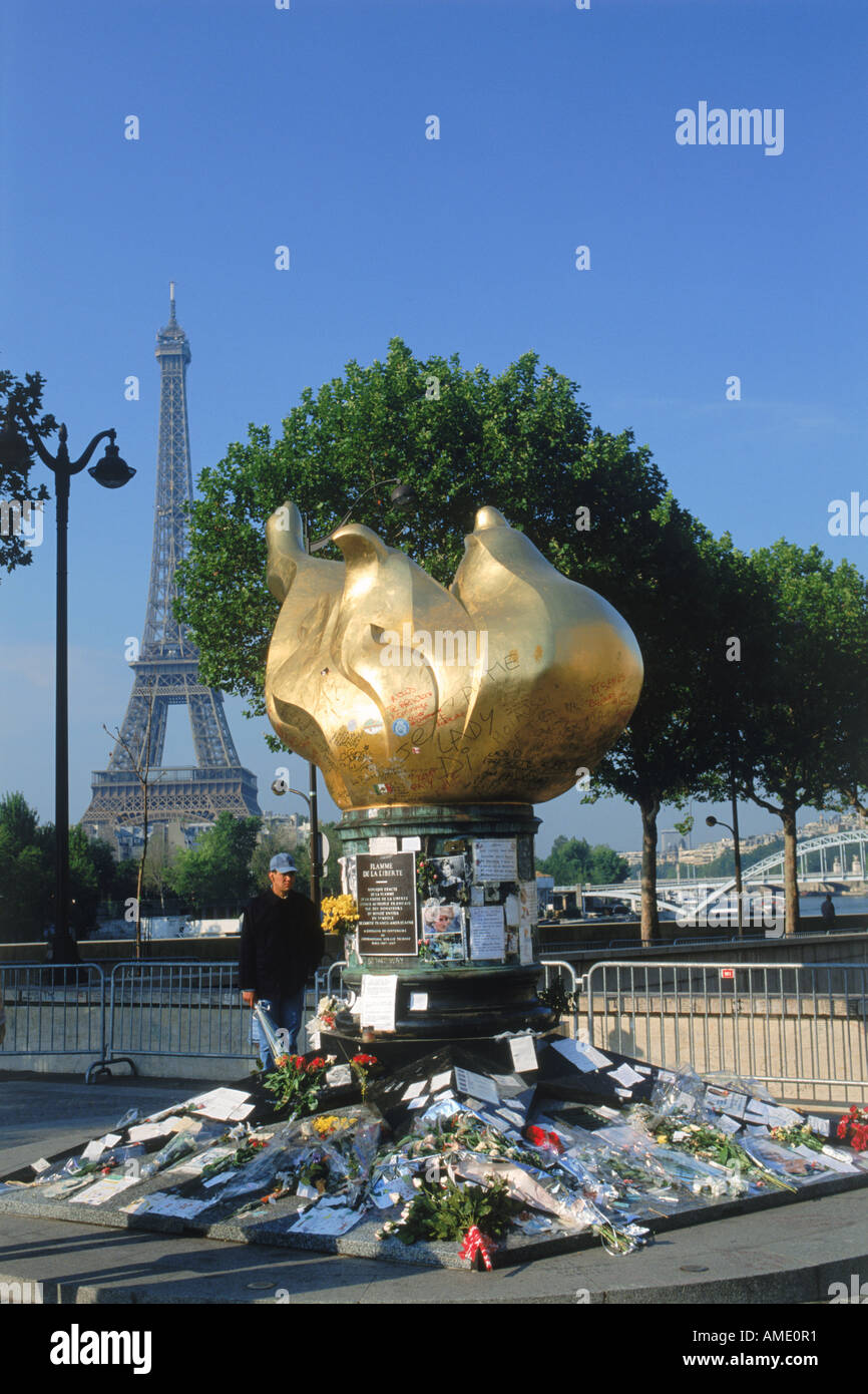 Flamme Pont De L Alma : flamme, Liberty, Flame, Facto, Diana, Stock, Photo, Alamy