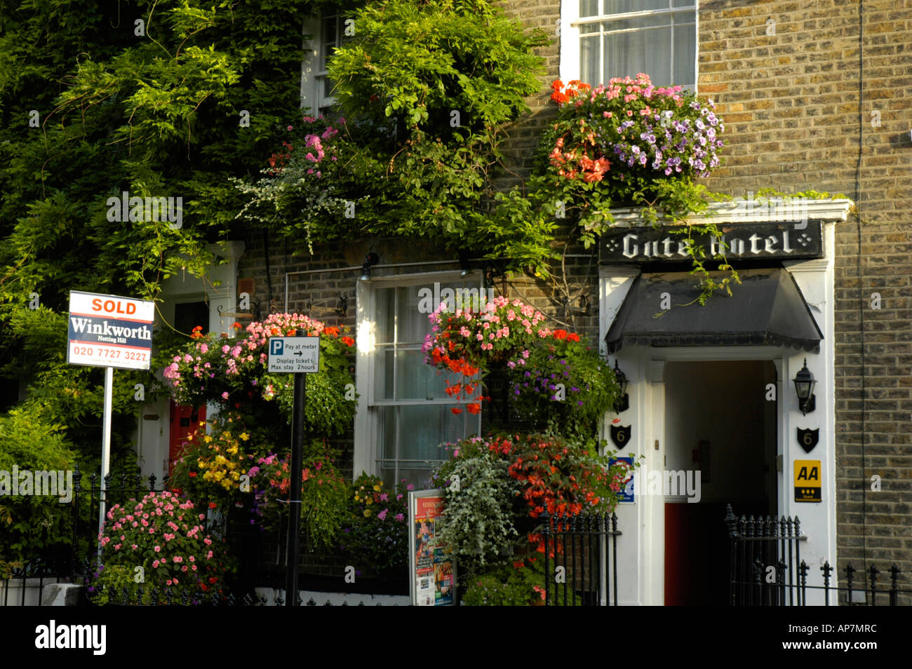 The Gute Hotel Guest House In Potobello Road London England