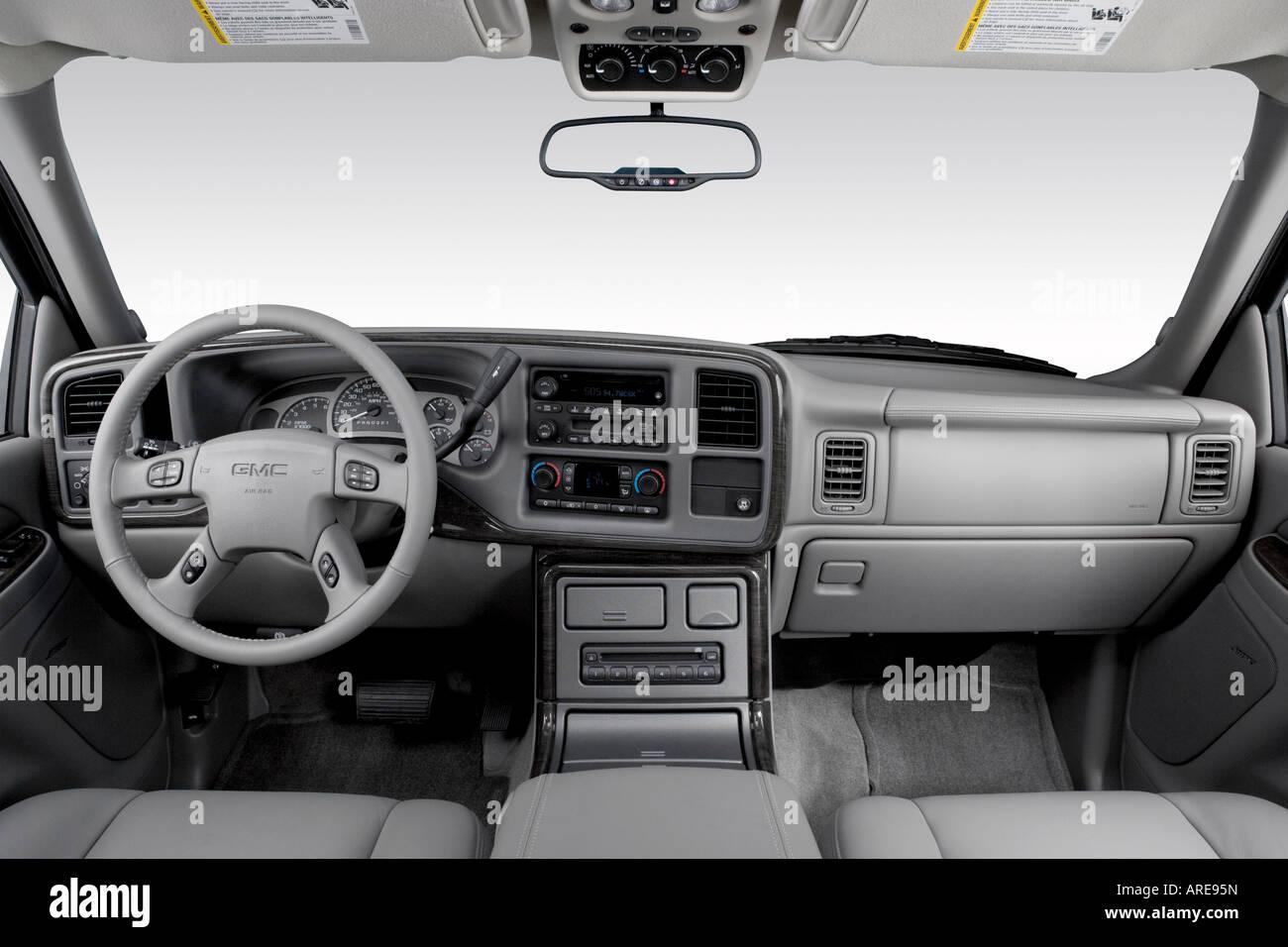 hight resolution of 2006 gmc yukon xl 1500 denali in black dashboard center console gear shifter view