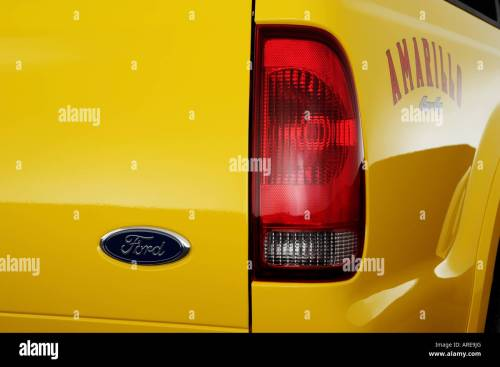 small resolution of 2006 ford f 350 sd lariat amarillo in yellow tail light stock image