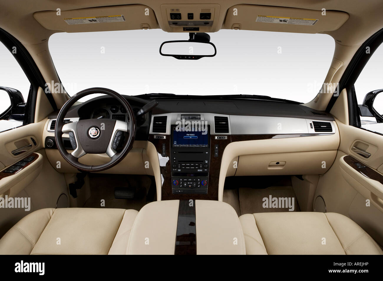 hight resolution of 2007 cadillac escalade esv in black dashboard center console gear shifter view