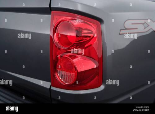 small resolution of 2008 dodge dakota sxt in silver tail light