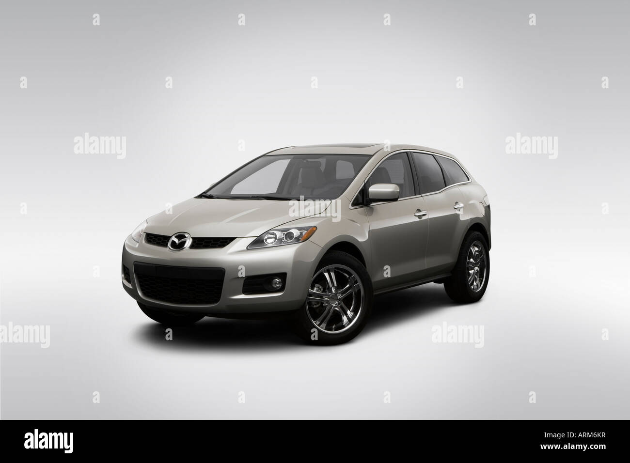 hight resolution of 2008 mazda cx 7 grand touring in silver front angle view