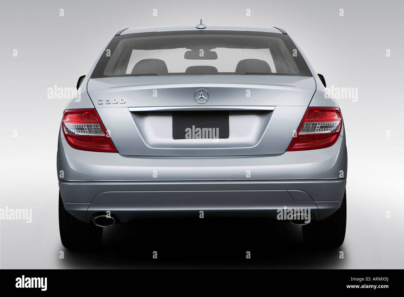 hight resolution of 2008 mercedes benz c class c300 in silver low wide rear