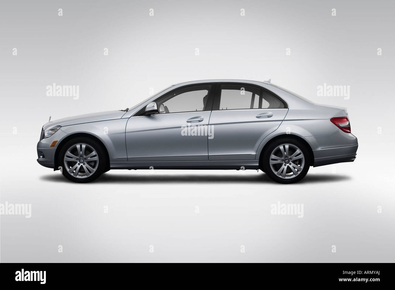 hight resolution of 2008 mercedes benz c class c300 in silver drivers side profile