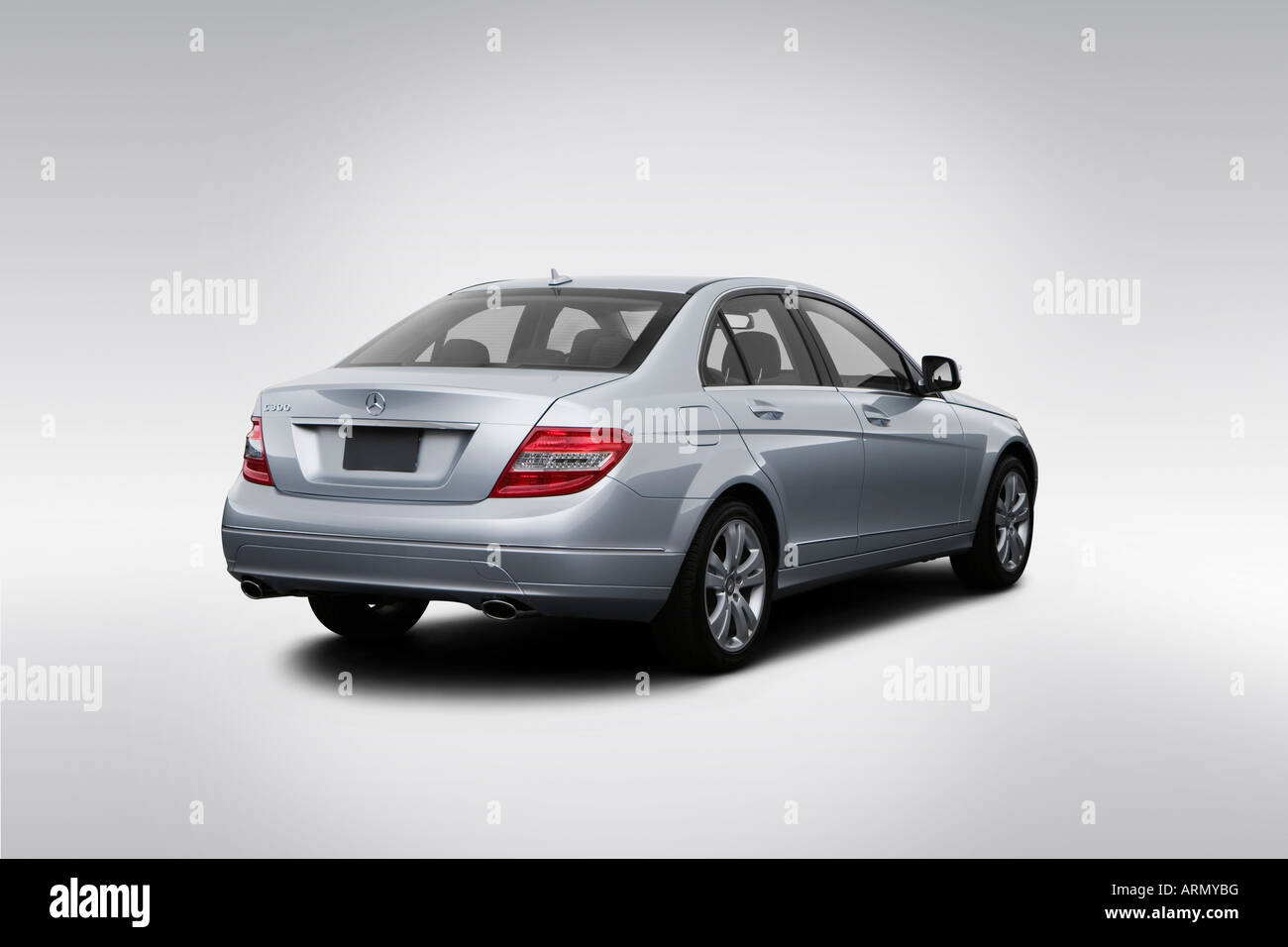 hight resolution of 2008 mercedes benz c class c300 in silver rear angle view