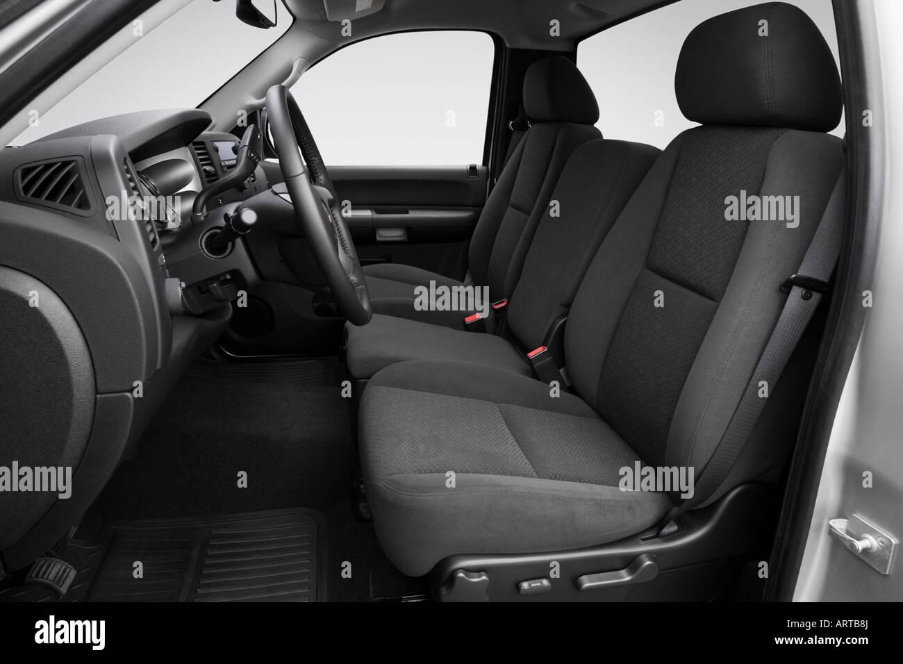 hight resolution of 2008 gmc sierra 2500hd sle in silver front seats