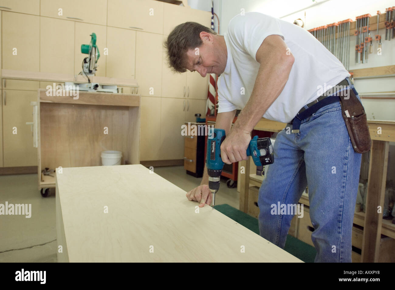 carpentry business owner regular job woodworking cabinet